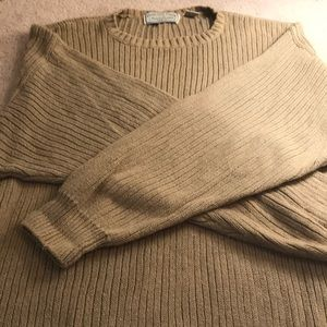 Men's American Eagle Outfitters pullover sweater